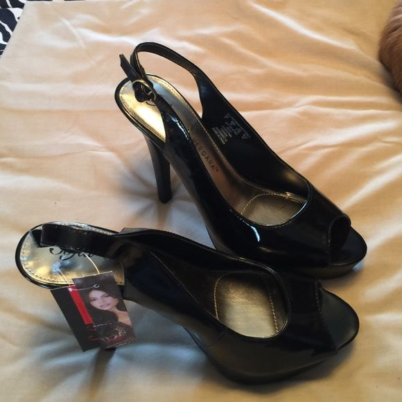 Sofia Vegara shoes Sofia Vegara platform sling back shoes, 4 inch heel, black patent like man made upper, size 8 M, new with tags.  Cute!  Great price!  ❌final price❌ Sofia Vegara Shoes