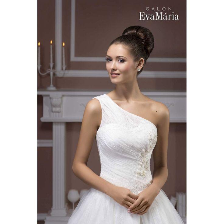 Svadobné šaty cez jedno rameno Sabrina