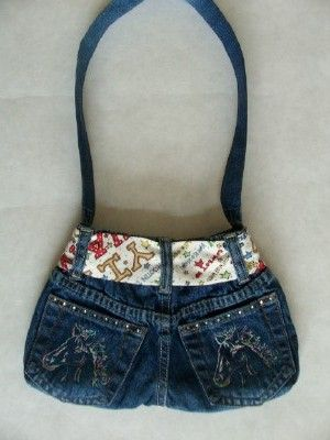 blue-jean-purse ...cute idea using an out-dated pair of 'tween' jeans (or childs jeans for a smaller purse)