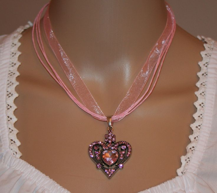 Dirndl Kette mit Herz,rosa von Edelweiss51 auf Etsy