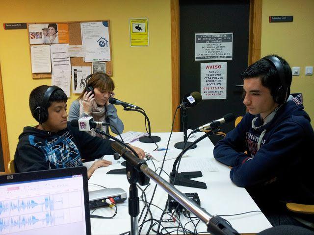 FREE - CENTRO CÍVICO CASETAS - CONCIERTO - RADIO SANZ BRIZ - Con una representante de la vocalía de cultura de La Junta Vecinal de Casetas