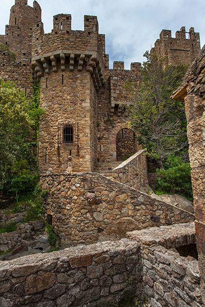 Castillo de Requesens. Cataluña. España
