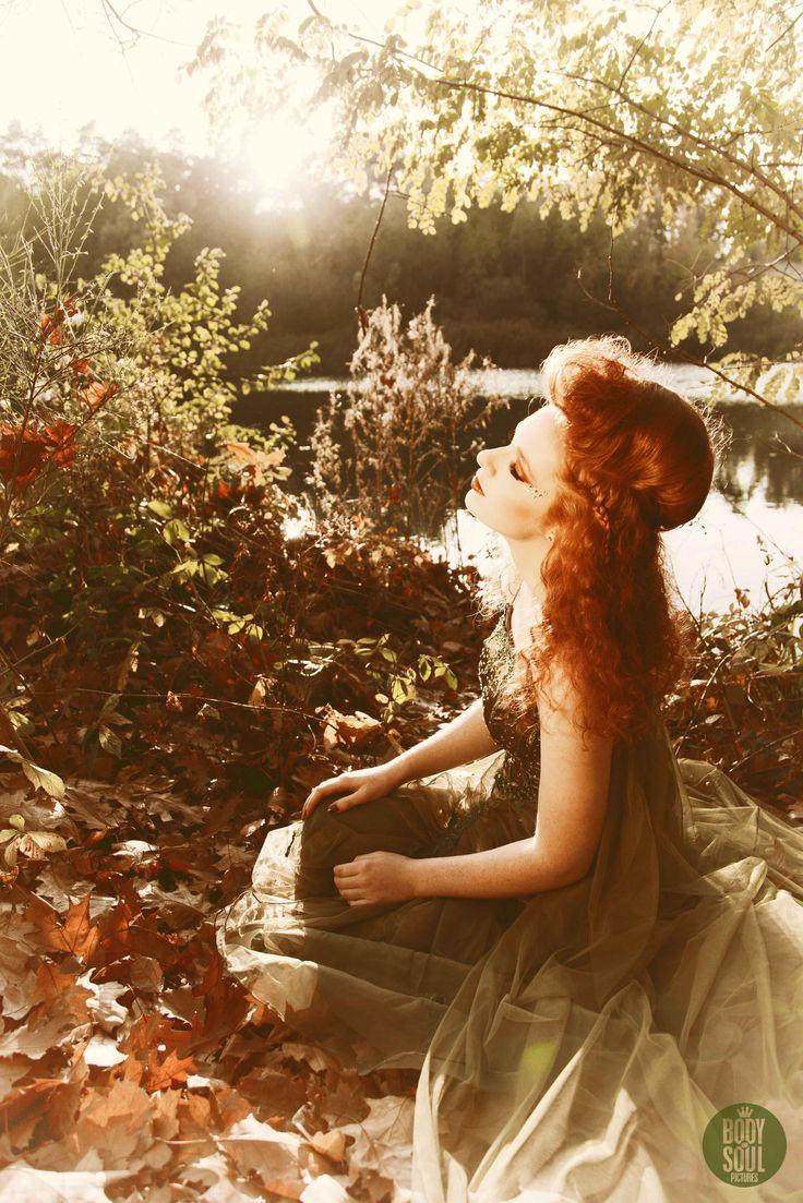 Trouwen in 2016? Boho Nature Bruid,  Forest Nymph Trendy Haar uit Venlo. Photographer Body and Soul Pictures, Model Danique Vreezen, Hairstyling and Make-Up: Trendy Haar- Ireen Vossen ook voor jouw feest en trouwen