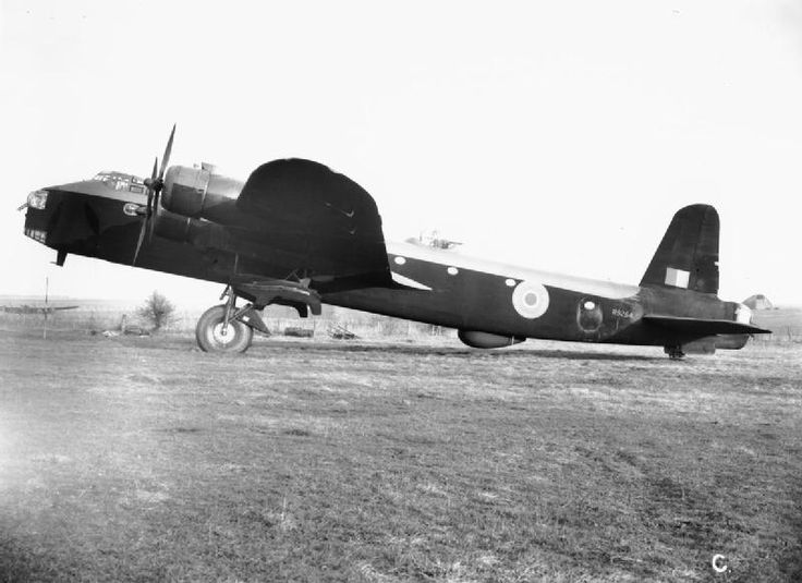 AIRCRAFT ROYAL AIR FORCE 1939-1945 SHORT S29 STIRLING (ATP 11210C)   Stirling Mark I, R9254, fitted with H2S radar at the Aeroplane and Armament Experimental Establishment, Boscombe Down, Wiltshire. This aircraft was passed to No. 214 Squadron RAF for operational service, and finally to No. 1653 Conversion Unit.