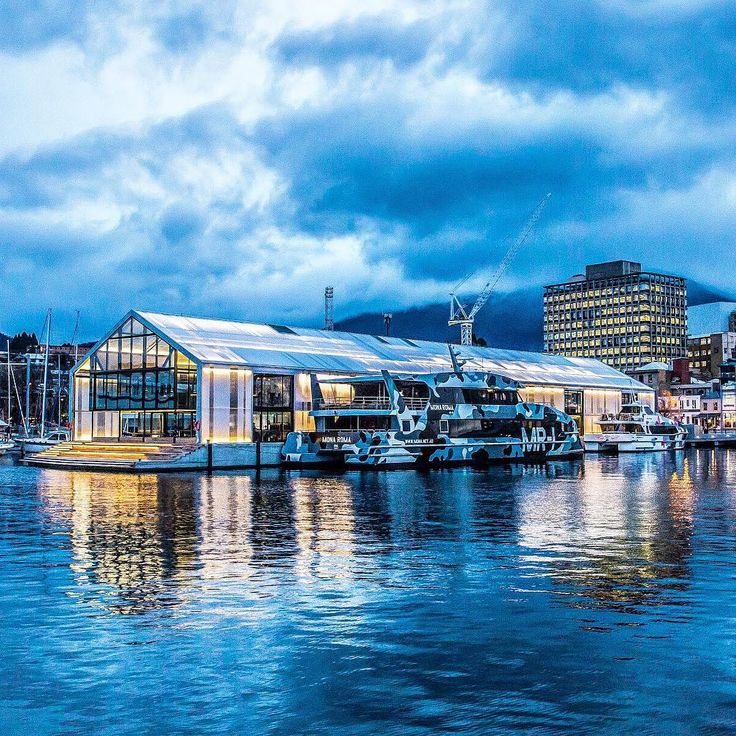 It is hard to believe that just a year ago, the stunning (half vessel - half pier) Brooke Street Pier was not part of a scene quintessentially Tasmanian. Now home to ferries and some of Hobart's cruises, it has quickly become a focal point on the waterfront. In the evening it bursts with translucence and exciting places to hang out into the night. Image credit: @tassiegrammer from http://tasmanianfoodguide.com.au #tasmania #discovertasmania #hobartandbeyond #tassie