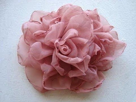 DIY Tutorial: Wedding bouquet / DIY fabric flower tutorial - BeadCord