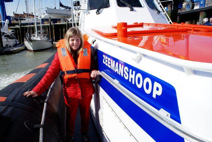 Marleen op de zeemanshoop, door: Arie Eelman