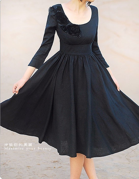 Charming black dress
