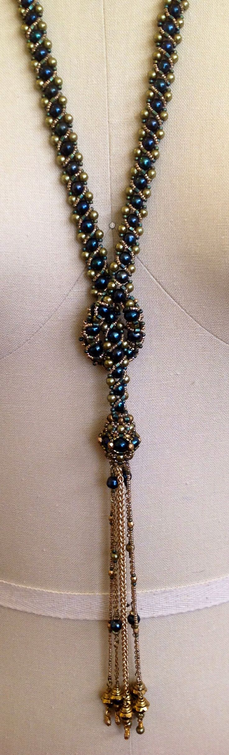 Fresh water pearl and seed bead lariat necklace