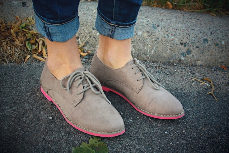 i have this exact shoes but instead of the pinkish color mines are blue! @victoria hernandez