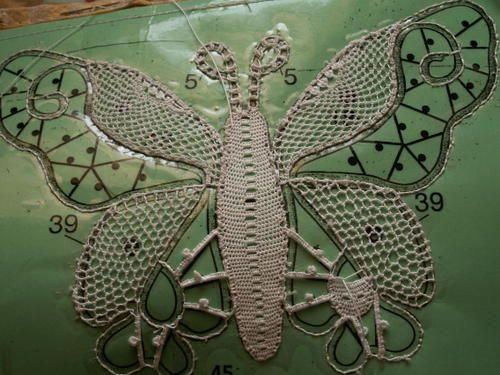Dentelle à l'aiguille - des nouvelles... - Gisèle enchantement… - et mon papillon… - le petit papillon - papillon de lumière… - Dentelle enc...