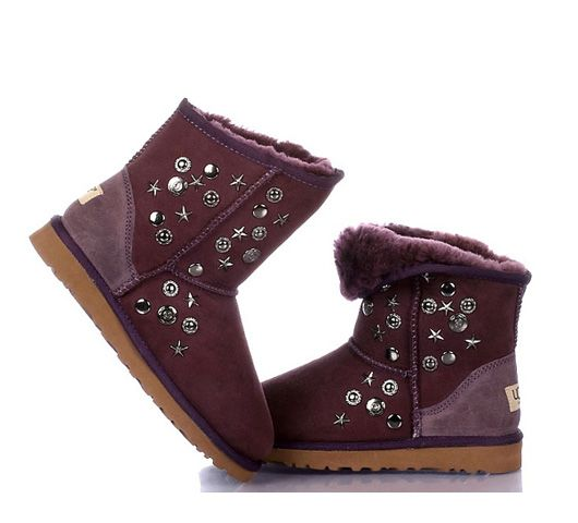 Burgundy Short Rivet UGG Boots.The Christmas promotion!    Our Price : $250.00 Sale Price :$92.00 Save: 63% off!!!