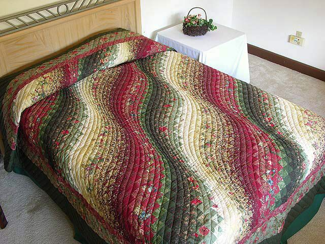 WOW an exquisite Bargello quilt