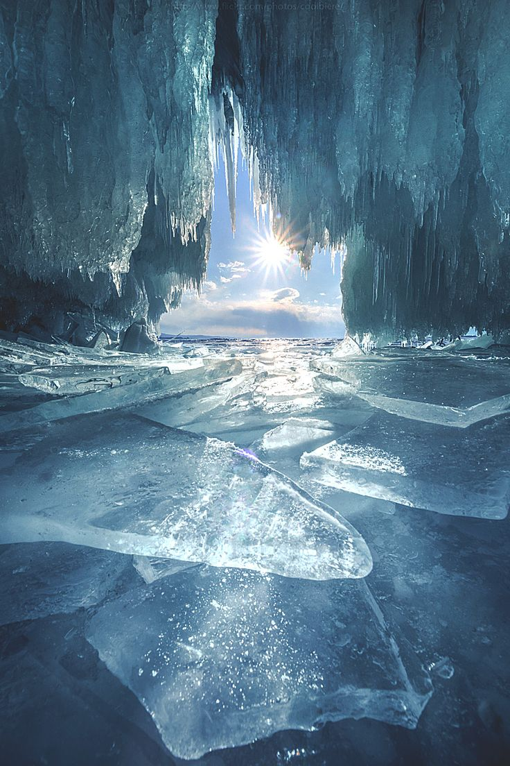 Ice is blue | Yes that is frequently the case especially in a cave like this |