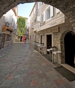 Hotel Astoria (Budva, Montenegro)
