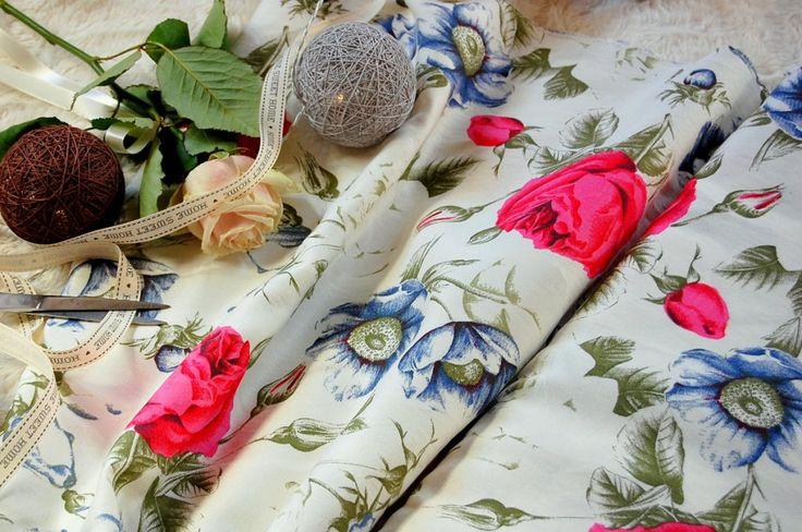 Tkanina bawełniana róże i chabry  Fabric red roses