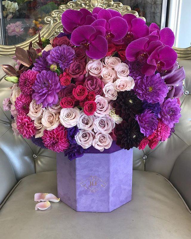 Norvina Box Jlf Los Angeles Luxury Flower Arrangement Flower Arrangements Simple Luxury Flowers