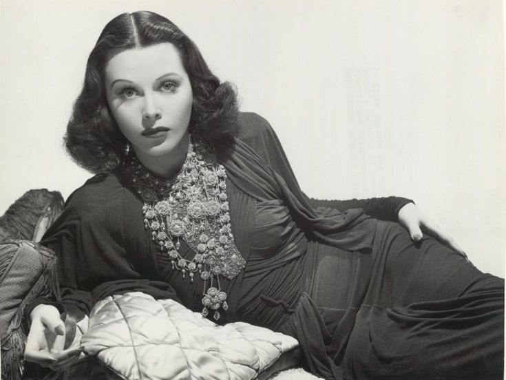 Hedy Lamarr, eigentlich Hedwig Eva Maria Kiesler, war eine