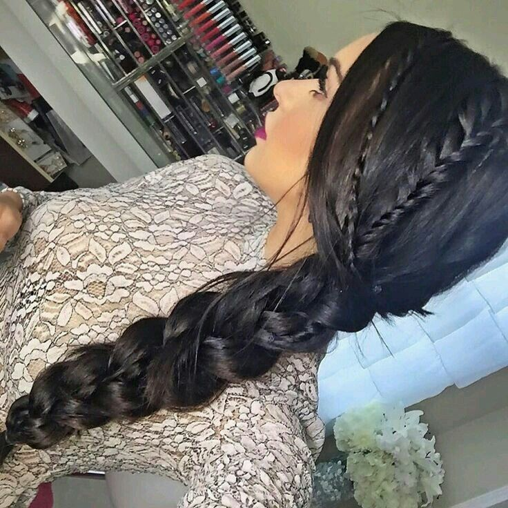 Beautiful hairstyle..