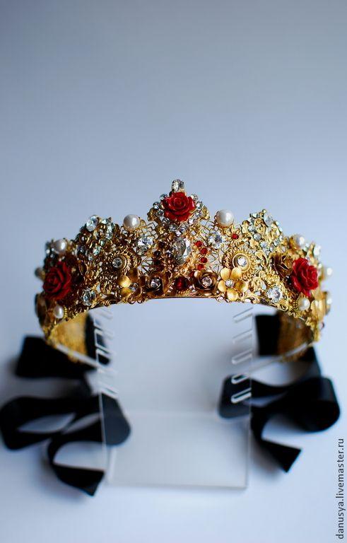 Купить Корона-диадема по мотивам новой кутюрной коллекции D&G и серьги. - золотой