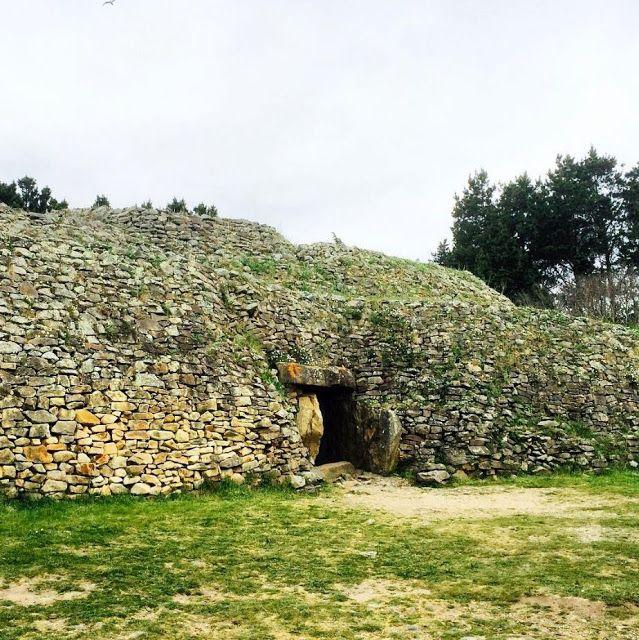 luoghi nascosti e poco conosciuti: Gavrinis (Breton: Gavriniz), Bretagna, Francia