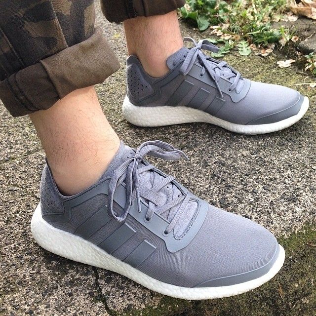 Pure Boost Adidas Grey