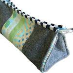 ayumills.blogspot.com Pencil case sewing tutorials.