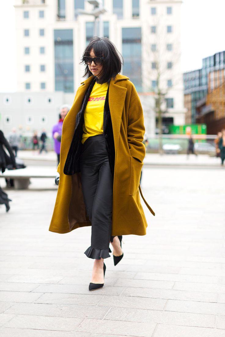 Chelsea Girls: London Street Style cute ruffle bottom pants