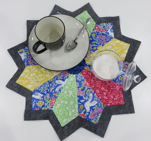 Janome Free Quilting Patterns : Around the Table Dresden Placements. Free Pattern from Janome. Free Patterns for You from AQS ...