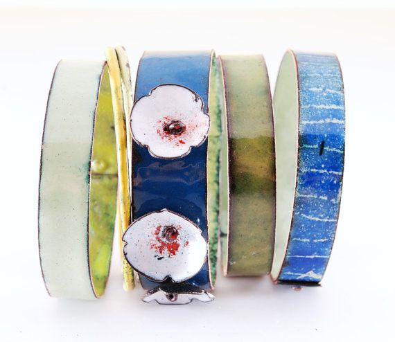 WATERLILIES  enameled bangles by OYRZANOWSKA on Etsy