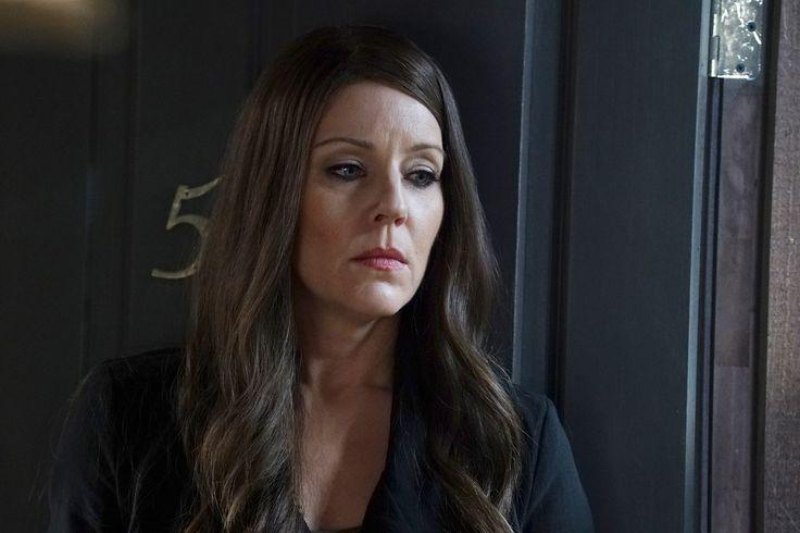 'Pretty Little Liars' Season 7 Episode 6 Spoilers: Mary Drake Attacks Spencer? - http://www.morningnewsusa.com/pretty-little-liars-season-7-episode-6-spoilers-mary-drake-attacks-spencer-2394342.html