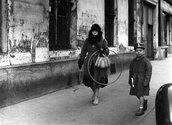 Les beaux jeudis 1957  ¤ Robert Doisneau   18 september 2015   Atelier Robert Doisneau   Site officiel