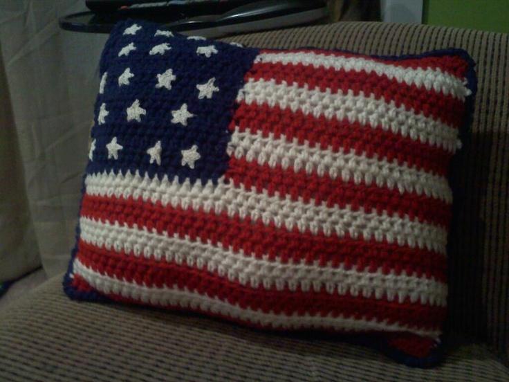 Crochet Pattern For Usa Flag : Crochet American flag pillow Crochet Pinterest
