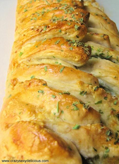 Chicken Sausage Spinach Braid