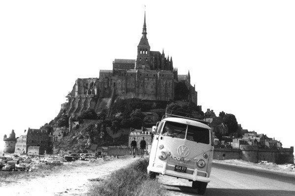 17 best images about mont saint michel on pinterest aerial photography maze and normandy. Black Bedroom Furniture Sets. Home Design Ideas