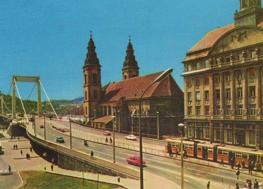 Budapest | Erzsébet híd a Belvárosi templommal