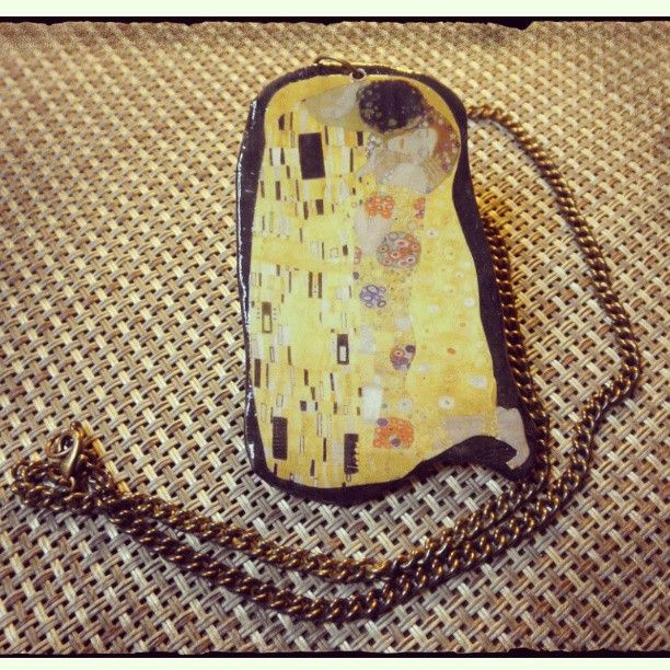 #artepovera #necklace #clay #thekiss #GustavKlimt #art #artistic #romance #eternity #love #timeless #my ArtePovera necklace!!!