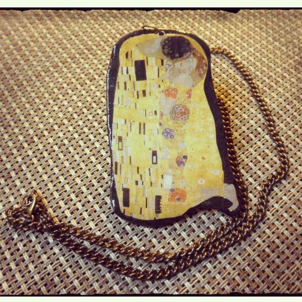 #artepovera #necklace #clay #thekiss #GustavKlimt #art #artistic #romance #eternity #love #timeless #my ArtePovera necklace!!!