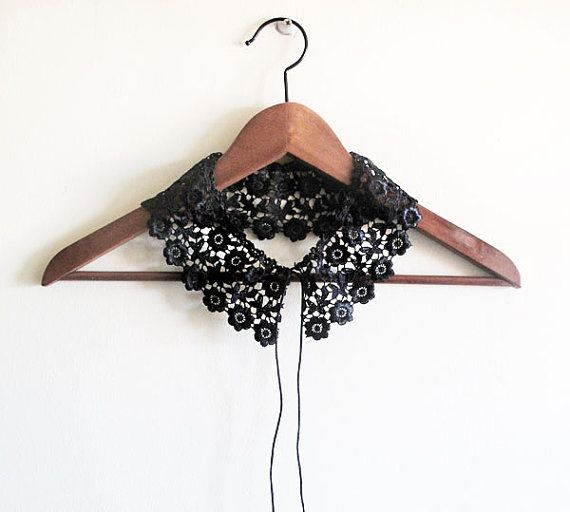Black lace collar Peter Pan Collar Necklace by aynurdereli #handmade #fashion #collar #sale #women #trend