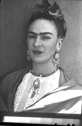 Freida Kahlo never shy's away from statement jewellery xx