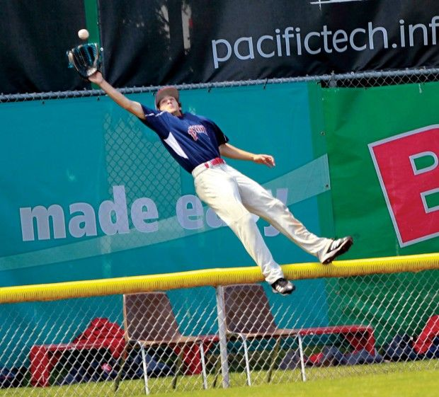 This game-winning catch by Derrick Salberg for Lower Columbia College against Everett Community College on May 25, 2012 was one for the ages. (Photo by Bill Wagner)