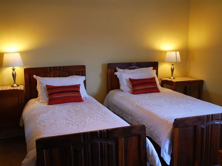 MuggefonteinKaroo - MuggefonteinKaroo is a working merino wool sheep and olive farm. It is situated on the R353 and a mere 50 km from Fraserburg and 110 km from Beaufort West.This self-catering accommodation is provided in ... #weekendgetaways #beaufortwest #southafrica
