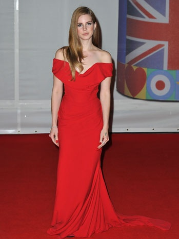 Lana Del Rey on BRIT Awards. More Hot pics: http://bit.ly/HUxklk