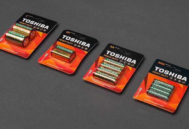 Toshiba Batteries For European Market on Packaging of the World - Creative Package Design Gallery