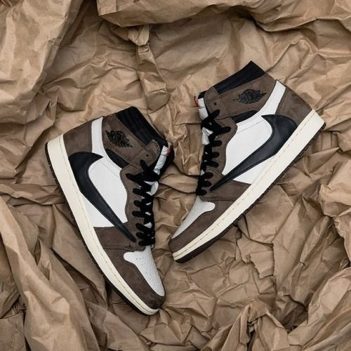 Travis Scott x Nike Air Jordan 1   – Streetwear + Aesthetic