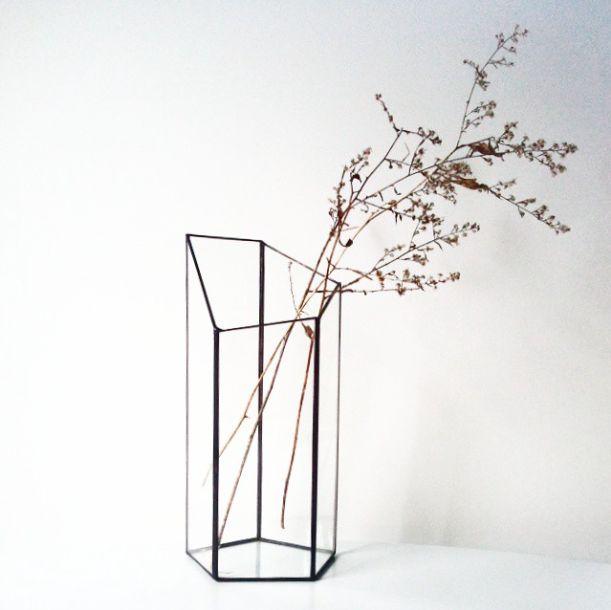 MINIMALIST GEOMETRIC GLASS VASE [PRE-ORDER ONLY]