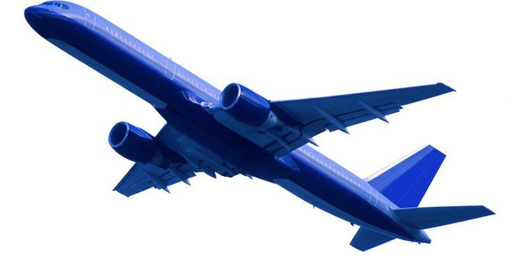 """Cómo descargar planes de vuelo para FSX. """"Flight Simulator X"""", o FSX para abreviar, es un juego de simulador de vuelo basado en Microsoft en el que los usuarios representan a los pilotos que manejan aviones en las rutas de vuelo alrededor del mundo. Este programa de software puede llegar a ser más realista al descargar planes de vuelo que trabajan eficazmente y te permiten navegar los ..."""