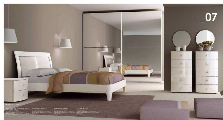 Camera da letto economica completa di due comodini + un comò + giroletto + materassso + rete ortopedica a doghe in regalo.