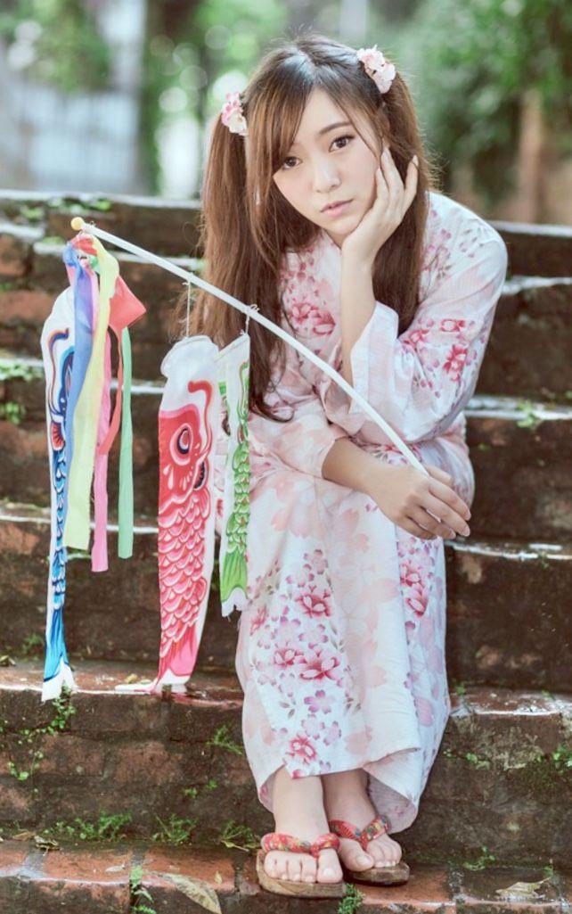 Pin On 美女 着物 浴衣 Beauty Kimono Yukata