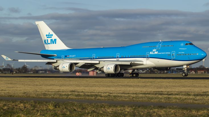 Primul Boeing 747-400 KLM în noul livery  Video: http://airlinestravel.ro/primul-boeing-747-400-klm-in-noul-livery.html